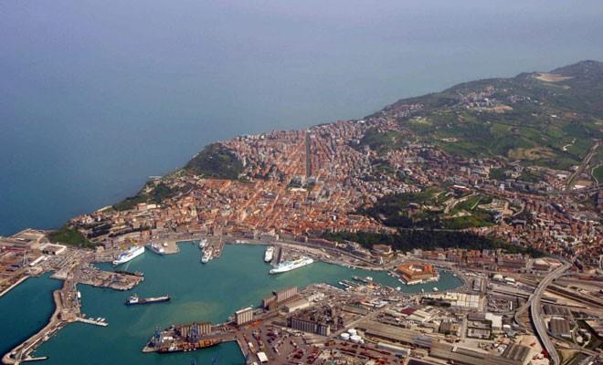 Ancona ha movimentato 9,7 milioni di tonn di merci