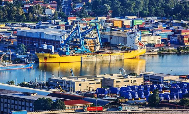 Ungheresi interessati al porto di Trieste