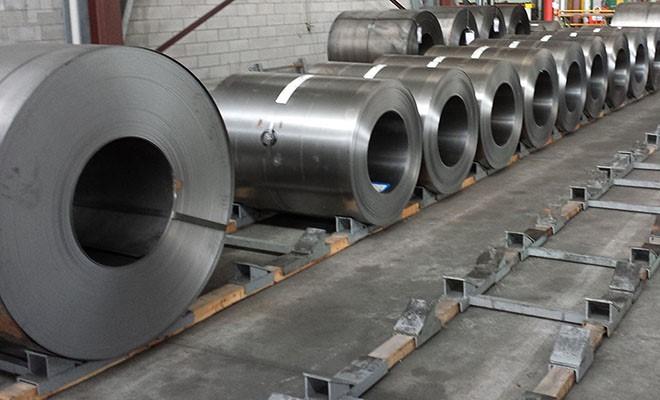La Commissione europea: import acciaio extraUe cresca del 3%