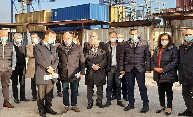 """Il presidente Bonaccini: """"Aiutiamo il porto anche sul piano commerciale"""""""