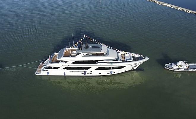 Rj 130, il nuovo explorer yacht del Cantiere delle Marche