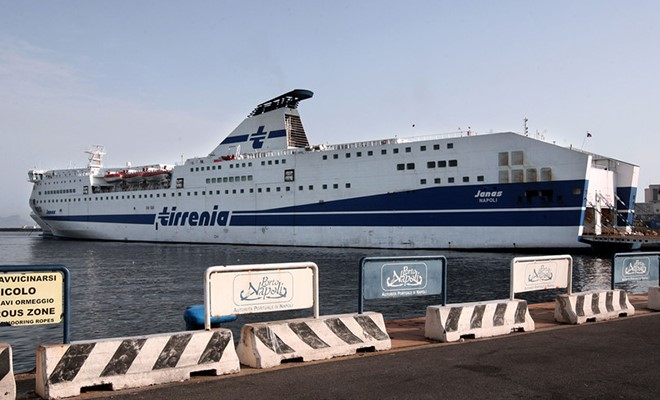 Tirrenia lascia la Ravenna-Catania, Grimaldi pronto col terzo traghetto