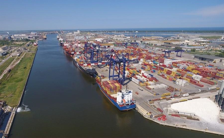 Il container con armi verrà imbarcato da un altro porto, annullato lo sciopero