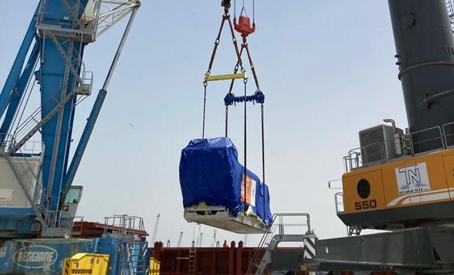 Terminal nord sbarca tre giganteschi generatori per Marcegaglia