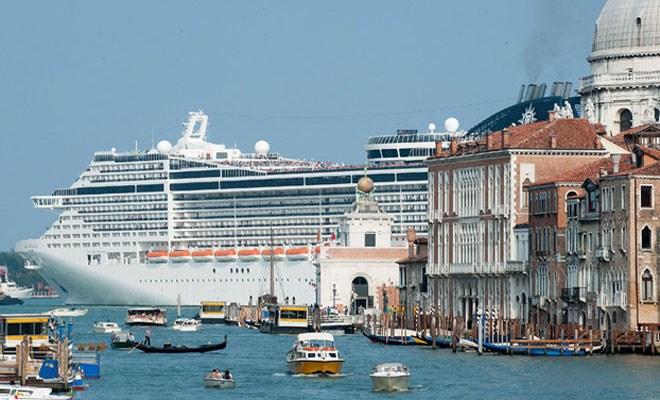 Appello a Renzi per le crociere in Adriatico